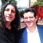 Con el escritor y cineasta cubano Lilo Vilaplana, Bogotá, Colombia, noviembre 2013.