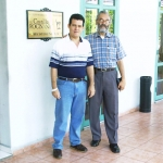 Mit der kolumbianischen Schriftsteller Isaías Peña Gutiérrez. Havanna, Kuba, 2005.