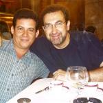 Mit der spanischen Schriftsteller José Manuel Fajardo, in Semana Negra. Gijon, Spanien, 2004.