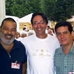 Mit dem kubanischen Schriftsteller Lorenzo Lunar und dem spanischer José Carlos Somoza, in Semana Negra. Gijon, Spanien, 2004.