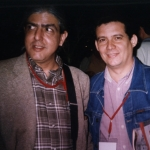Mit dem kubanischen Schriftsteller Ramón Fernández Larrea. Internationale Buchmesse in Guadalajara. Guadalajara, Mexico, 2002.