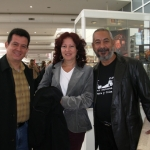 Mit der kubanischen herausgeberin Lucia Lopez Coll und dem kubanischen Schriftsteller Leonardo Padura, auf der Buchmesse in Frankfurt. Frankfurt, Deutschland, 2006.