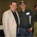 Mit dem kubanischen Schriftsteller Carlos Espinosa. Irvine, U.S.A, 2008.