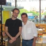 Mit dem italienischen Schriftsteller und Übersetzer Giovanni Agnoloni. Berlin, Deutschland, August 2011.