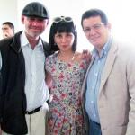 Con los escritores cubanos Alberto Rodríguez Tosca y Wendy Guerra, Medellín, Colombia, septiembre 2013.