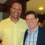 Junto al escritor panameño Carlos Wynter, Panamá, noviembre 2013.