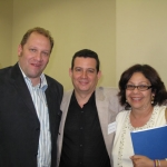 With Cuban essayist Rafael Rojas and Cuban university professor Liliam Manzur. Irvine, U.S.A, 2008.