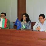 En Bulgaria, durante el Coloquio Vargas Llosa, junto al escritor peruano Ricardo Sumalavia y la ensayista y traductora Liliana Tabakova. Sofía, Bulgaria, mayo 2013.