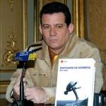 "Presentation of his novel ""Santuario de sombras"", Casa de America. Madrid, Spain, 2006."