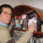 """""""A mis amigos cubanos, cuando me visitan, les muestro con orgullo los más de 20 libros que en distintos idiomas he publicado desde que salí de la isla"""". Berlín 2014."""