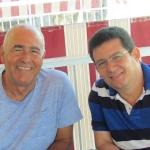 En Guardamar del Segura, España, con el escritor cubano Antonio Álvarez Gil, agosto de 2015.
