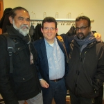En Allianz Forum Berlín, con los escritores Sanath Balasooriya y Rohitha Bashana Abeywardane, de Sri Lanka, febrero de 2015.