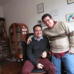 En su nuevo estudio en Berlín, con el escritor y periodista cubano Ivan Darias, noviembre de 2015.