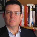 """""""Hace unos meses leí en un artículo publicado en la isla que mi nombre estaba junto al de Padura, Chavarría y Pedro Juan Gutiérrez entre los autores cubanos más leídos, y fíjate que soy el único que no vive en Cuba desde hace ya diez años"""". Berlín 2015."""